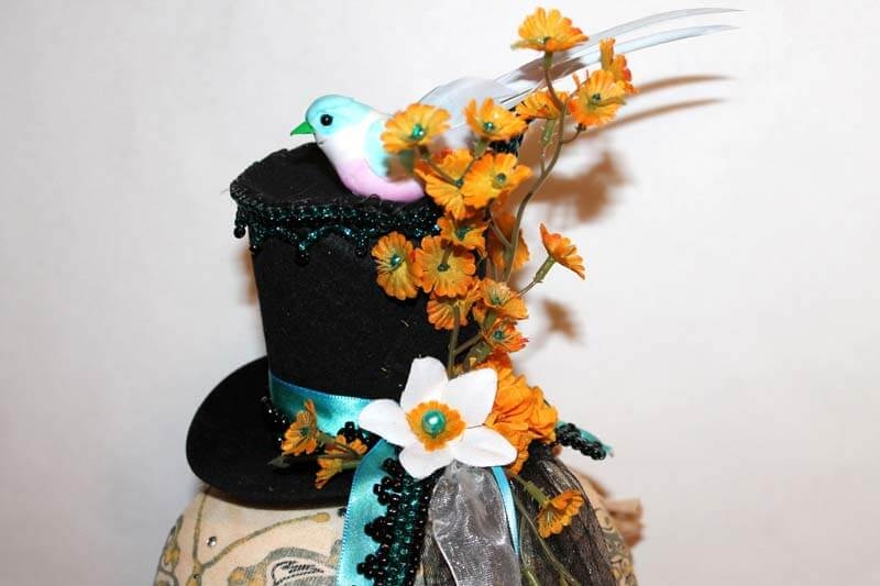 Little Bird & Daisies Tiny Top Hat